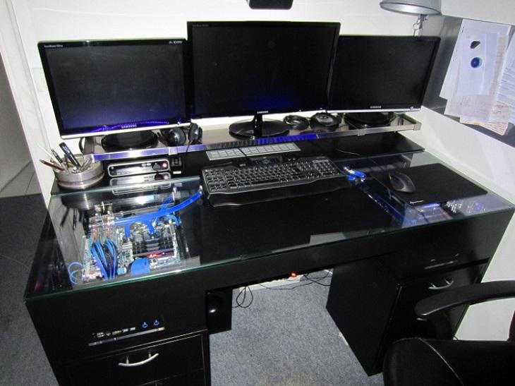 Meuble bureau gaming le monde de l a - Customiser un bureau ...