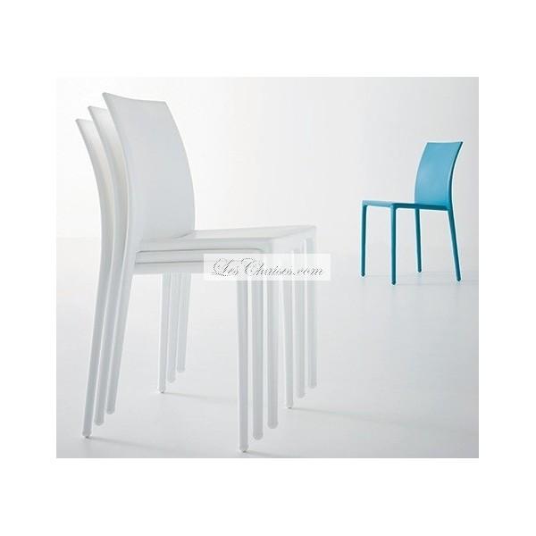 chaise m daillon moderne le monde de l a. Black Bedroom Furniture Sets. Home Design Ideas