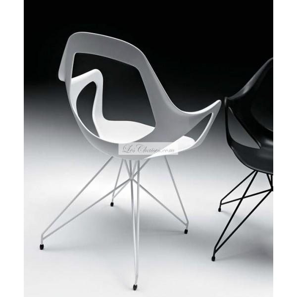 Chaise de sejour design le monde de l a for Chaise sejour design