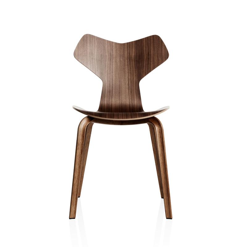 prix chaise en bois le monde de l a. Black Bedroom Furniture Sets. Home Design Ideas