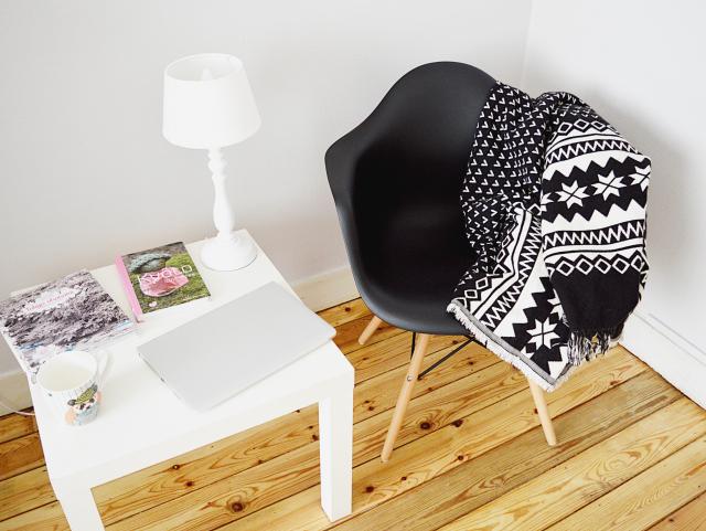 Meuble a prix usine le monde de l a - Usine de meuble en belgique ...