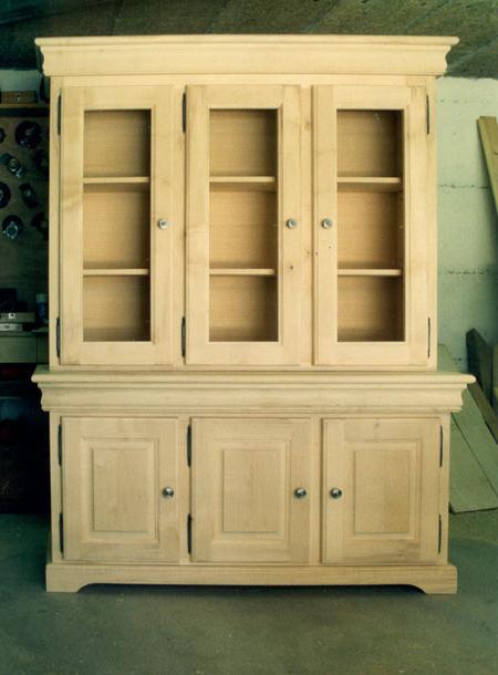 meubles design le monde de l a. Black Bedroom Furniture Sets. Home Design Ideas