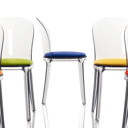 Chaise transparente couleur le monde de l a - Chaise transparente couleur ...