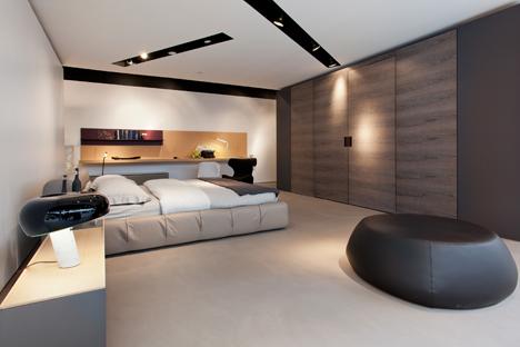showroom luminaire le monde de l a. Black Bedroom Furniture Sets. Home Design Ideas