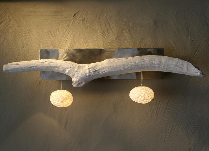 lampe chevet design contemporain le monde de l a. Black Bedroom Furniture Sets. Home Design Ideas