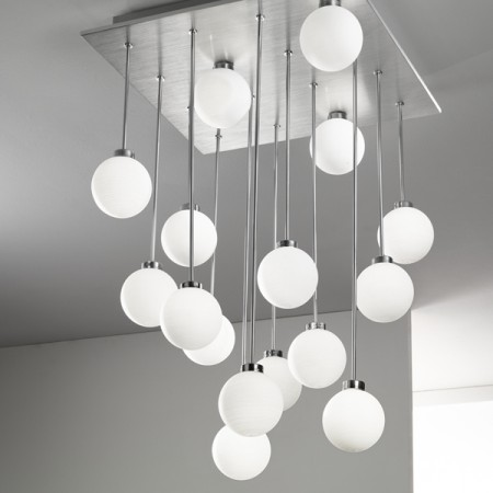 lampe plafonnier design le monde de l a. Black Bedroom Furniture Sets. Home Design Ideas