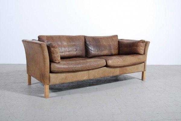 canap cuir scandinave le monde de l a. Black Bedroom Furniture Sets. Home Design Ideas