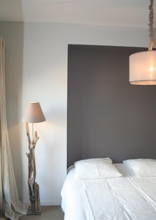 chambre esprit scandinave le monde de l a. Black Bedroom Furniture Sets. Home Design Ideas