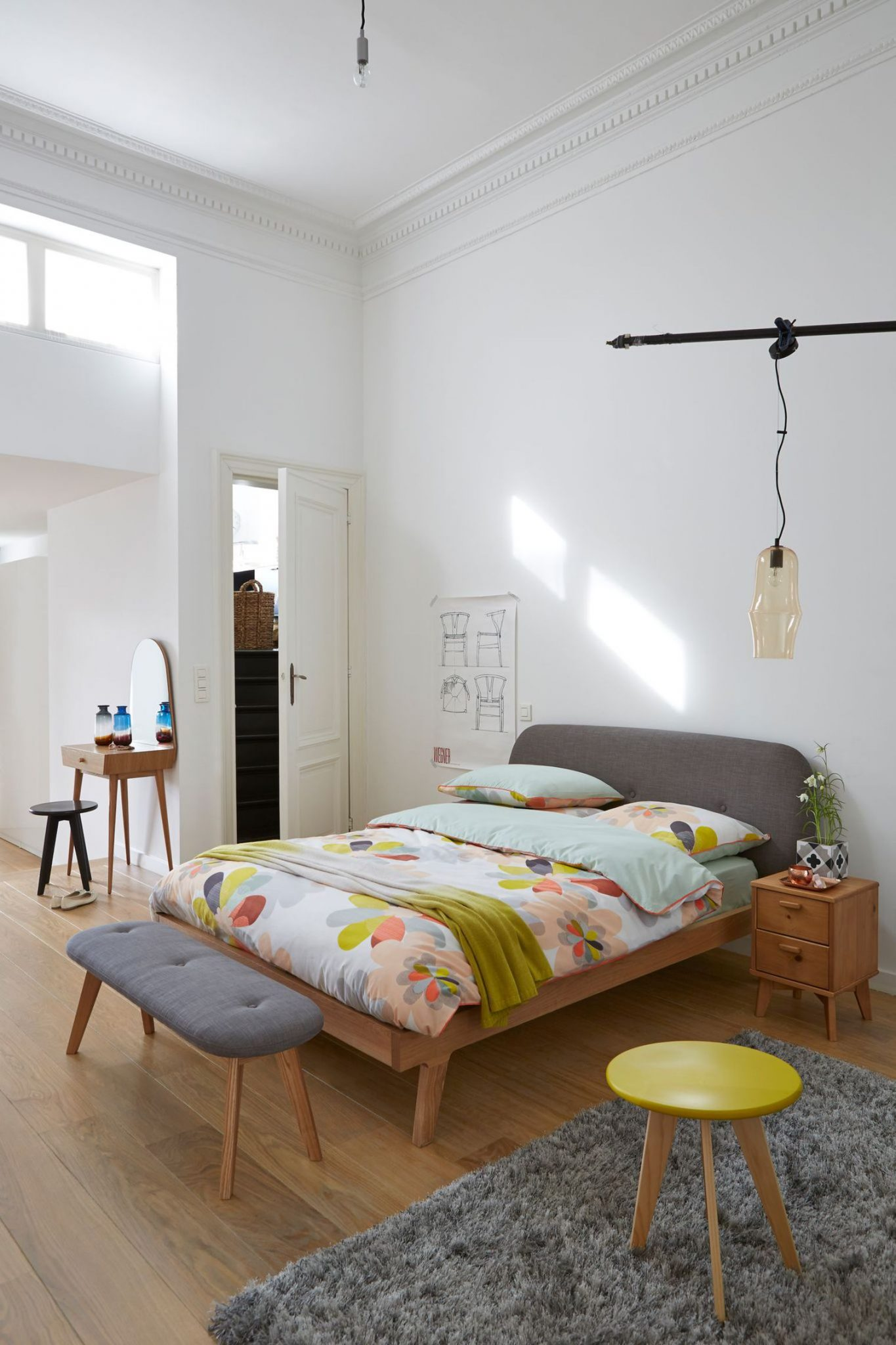 chambre coucher style scandinave le monde de l a. Black Bedroom Furniture Sets. Home Design Ideas