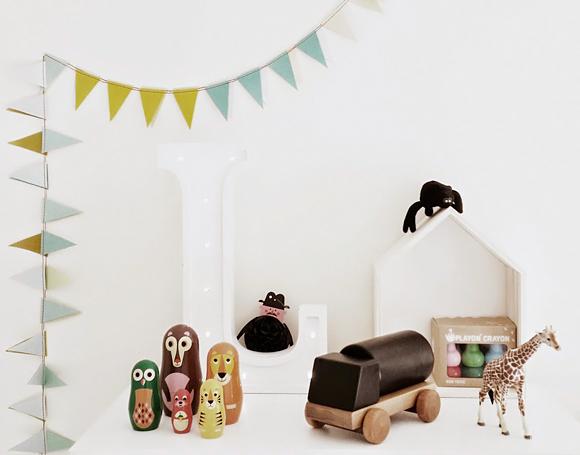 d co chambre adulte scandinave le monde de l a. Black Bedroom Furniture Sets. Home Design Ideas