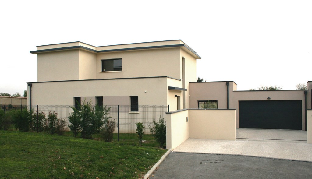 Maison contemporaine construction le monde de l a for Cout construction maison contemporaine