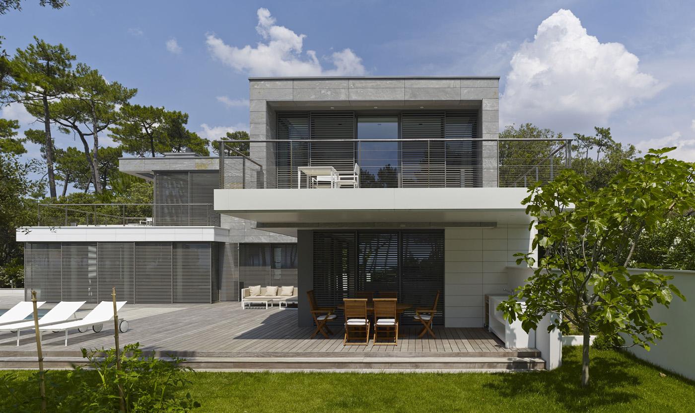Projet maison moderne le monde de l a for Maison contemporaine 140m2